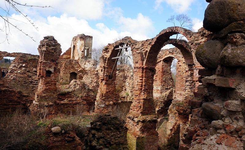 замок в Гольшанах экспедиция на внедорржниках